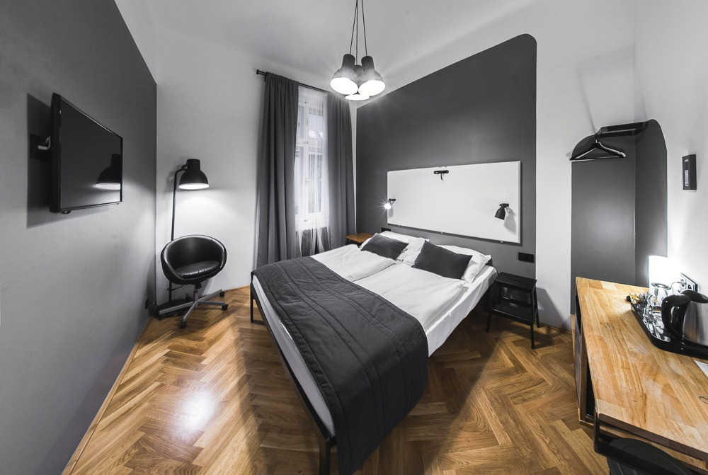 Czech Inn Gray Private Room