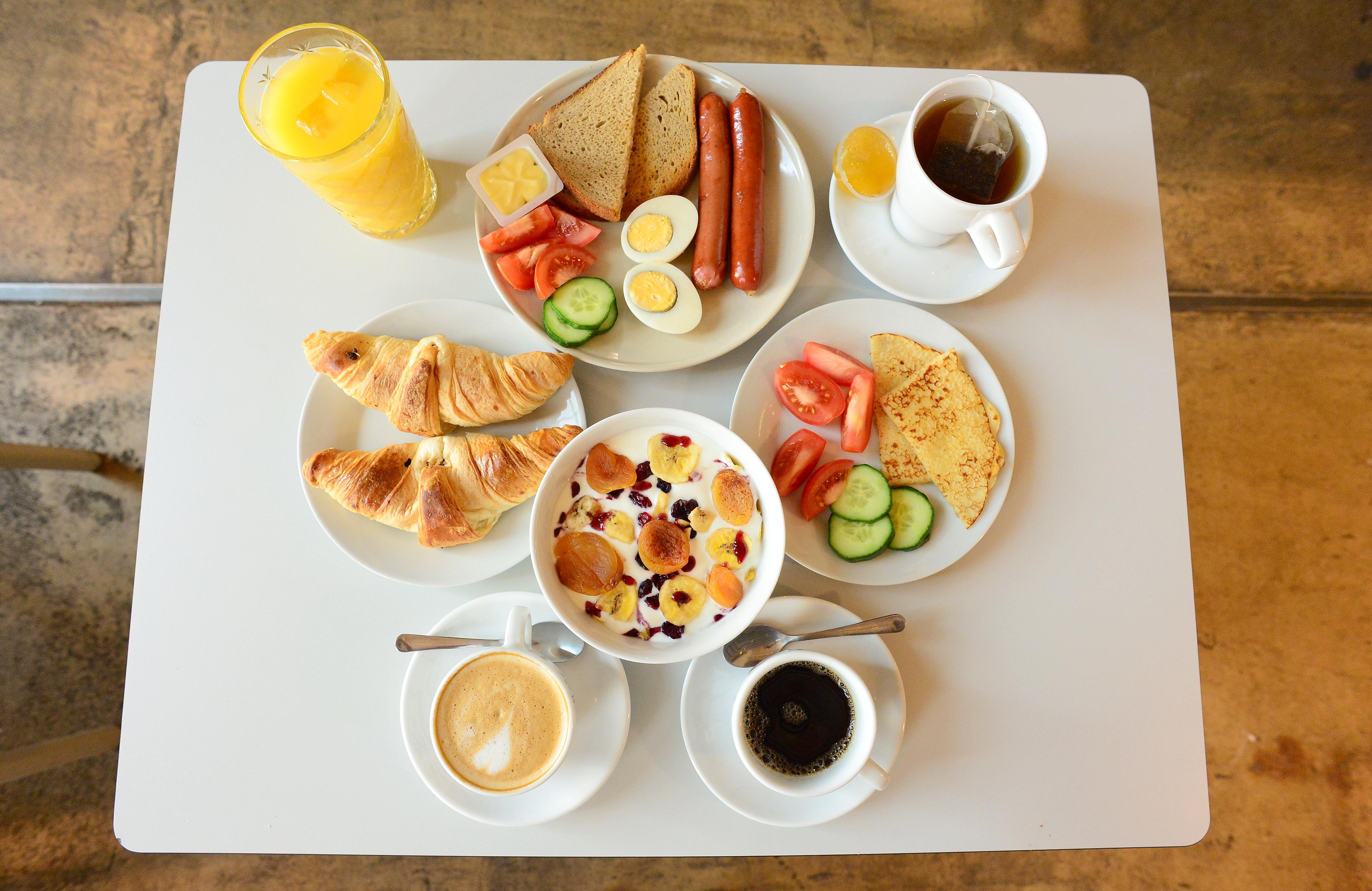Czech Inn Breakfast Buffet