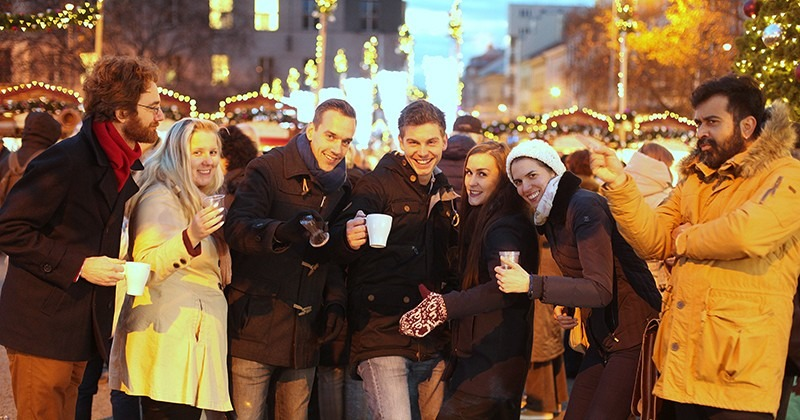 namesti_miru_christmas_market_prague_800x420