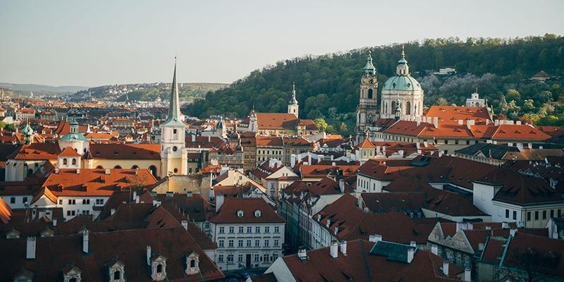 czech_inn_hostel_prague_spring_1_800x400